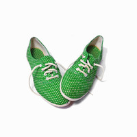 Vintage 80s Polka Dot Sneakers Shoes in Green & White - 7