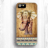 Elephant IPhone 5 case,personalized covers,mens IPhone 5c case,IPhone 4 case,wood IPhone case,IPhone 5s case,unique iPhone 4s case