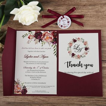 100pcs Wedding Invitations Blue Pocket Burgundy Greeting Cards with Envelope Customized Party with Ribbon and Tag