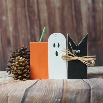 Rustic Halloween Black Cat, Pumpkin, Ghost Shelf Sitter