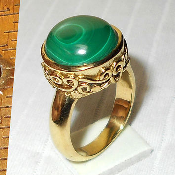 Malachite Ring - Handcrafted Ring - Cabochon Stone Ring - Semiprecious Stone Ring - Malachite Jewelry - Green Malachite Ring, Bezel Set Ring