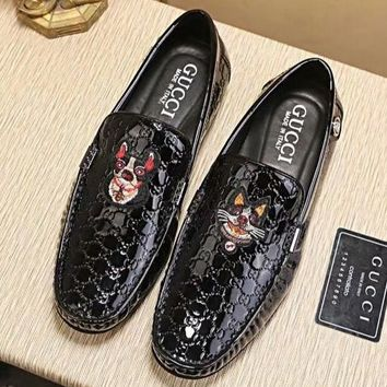 GUCCI new trend men's retro sets of feet wear-resistant outsole peas shoes Black