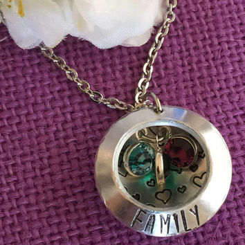 Mom Necklace - Mother's Day Gift - Personalized  Mom Necklace - Family Jewelry - Name Necklace - Hand Stamped Locket - Gift for Mom