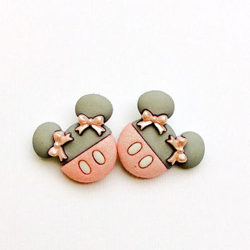 Minnie Mouse Earrings ~ Disney Jewelry ~ Earrings Disney Studs ~ Disney Cruise Jewelry