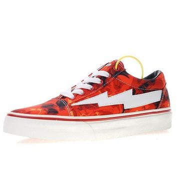 "Revenge x Storm Pop-up Store 3 ""3 Red"" Sneaker T55"