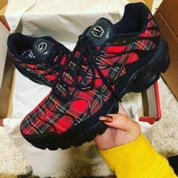 Nike Air Max Plus TN SE Retro Air Cushion Running Shoes