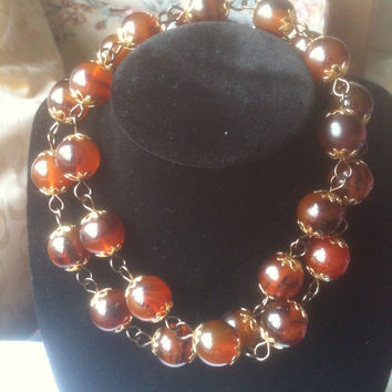 Bakelite Necklace Rootbeer or Topaz in Colour with Pierced Earrings Art Deco Beads