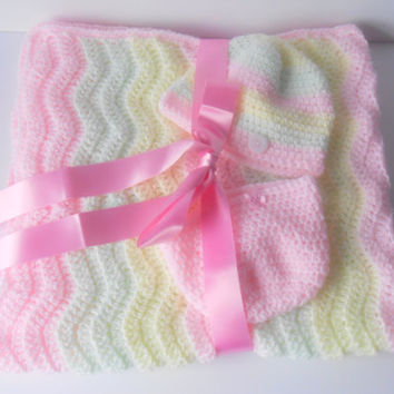 Baby Girl Blanket. Baby Girl Gift St. Hat and Blanket Set. Handmade Baby Gift. Crochet Chevron Blanket. Stroller/pram blanket. Ready to ship