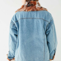 UO Faux Fur Lined Denim Trucker Jacket | Urban Outfitters
