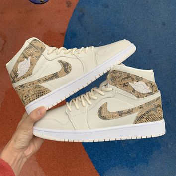 [Free Shipping ]Nike Air Jordan 1 Retro High Premium 'Snakeskin' AH7389-004  Basketball Shoes