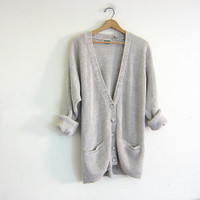 Vintage off white cardigan sweater. oversized sweater. long sweater. pocket cardigan.