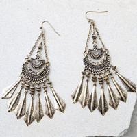 Humming Happily Gold Earrings