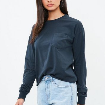 Missguided - Navy Long Sleeve Boxy Pocket Top