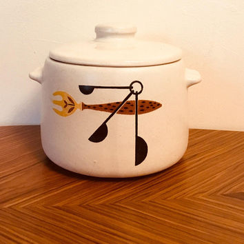 West Bend Bean Pot, West Bend Utensil Bean Pot, 1950's Crock, West Bend Creamware, Vintage Casserole, Soup Tureen