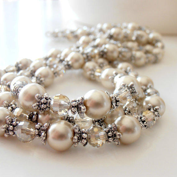 Wedding jewelry bridal necklace beige from fivelittlegems for Jewelry for champagne wedding dress
