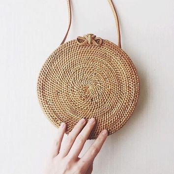 ZHIERNA Women Handbag Summer Beach Tote Circle Bag Handmade Rattan woven Round handbag Vintage Retro Straw Knitted Messenger Bag