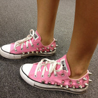 Low Top Spiked Out Converse