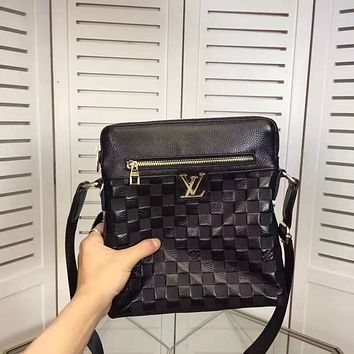 LV Louis Vuitton MEN'S FASHION CASUAL LEATHER CROSS BODY BAG