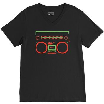 a tribe called quest   speaker hip hop the cutting edge V-Neck Tee