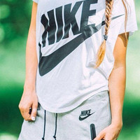 Nike Women White Signal Tee T-Shirt