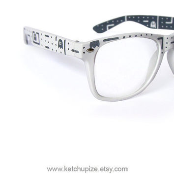 Glasses  Custom Wayfarer style clear lens glasses by ketchupize
