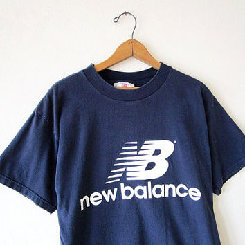 Vintage 90's NEW BALANCE Navy Logo Made in USA Athletic T-shirt Sz Large