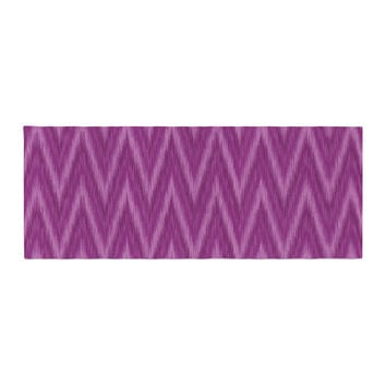 "Amanda Lane ""Plum Purple Chevron"" Lavender Fuschia Bed Runner"