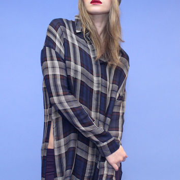 BLU PEPPER High Slit Plaid Boyfriend Shirt