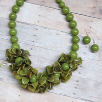mother earth petal necklace at ShopRuche.com, Vintage Inspired Clothing, Affordable Clothes, Eco friendly Fashion