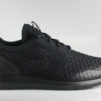 Nike Men's Roshe Run Flyknit SE Black