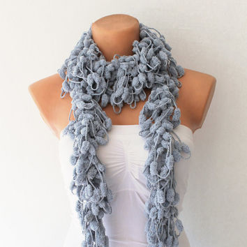 Grey Cute Pom Pom Mulberry Crochet Scarf