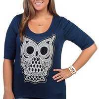 plus size elbow length sleeve high low top with natural crochet owl