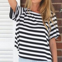 2017 Summer Vintage Striped T-shirt Women Sexy Short Sleeve Crew Round Neck Backless Loose T Shirt Casual Tee Top Female Tshirt