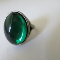 Ring,Green Vintage Cabochon, Bronze Ring Size 7