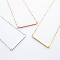 Solid bar necklace