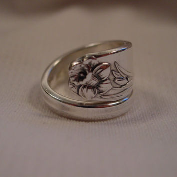 A Beautiful Wrapped Spoon Ring Daffodil Pattern Size 8 Wrap Handmade Hippie Rings t418