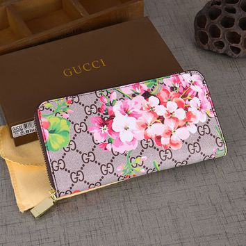 Gucci Womens Leather Floral Print Purse Wallet