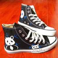 National treasure panda-painted shoes/Lovely panda shoes/Converse canvas shoes/Custom canvas shoes// gifts/Converse/ Converse shoes