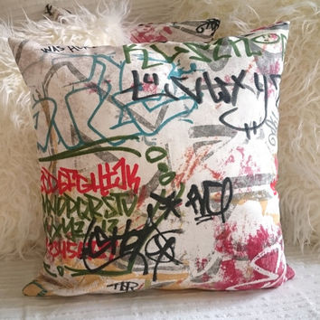Graffiti pillow, multicolored decorative pillow, graffiti tags cushion, modern design pillow cover, pillow case modern cheerful decor