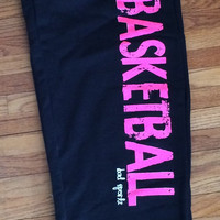 BASKETBALL Sweatpants in Black/Pink