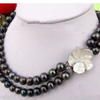 NECKLACE: Tahitian Black Natural Freshwater Pearl 18-19 in