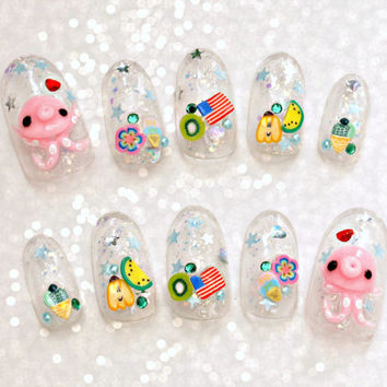 False nails, 3D nails, octopus, summer nail, glittery, oval nails, polymer clay, kawaii nails, Japanese nail art