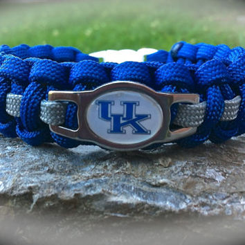University of KY Paracord Survival Band