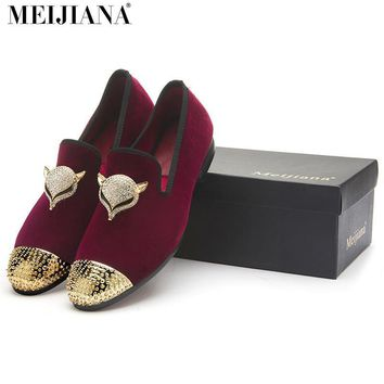 MeiJiaNa men black velvet shoes with skull buckle and gold toe British style men loafe