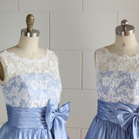 Vintage Inspired V Back Lace Ivory/Blue Taffeta Wedding Dress/Bridesmaid Dress/Prom Dress/Knee/Tea Length Short Dress