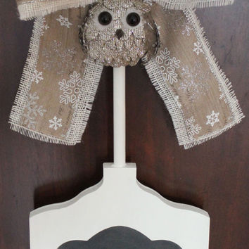 Christmas Wreath Alternative - CHALKBOARD Sign - Write your own greeting - Winter Owl & Snowflakes - Holiday Decoration - Winter Signage
