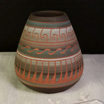 Navajo Etched Pot Signed Vintage Native American Hand Etched and Painted Small Pottery Southwestern colors 3.5 Inch Pottery Vase Santa Fe