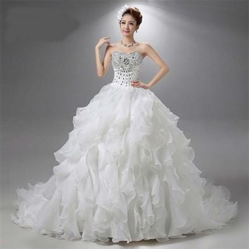 Luxury Crystal Strapless Lace Ball Train Wedding Dresses Sleeveless Ruffles Bridal Gown