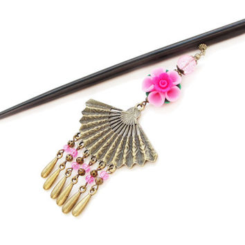 Wooden hair stick in traditonal japanese style with pink polimer clay sakura and very big japanese fan - kanzashi, hairpin, hair ornament
