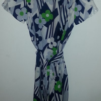 Stunning Vintage 1960s Retro MOD Floral Dress - with Tie Belt -